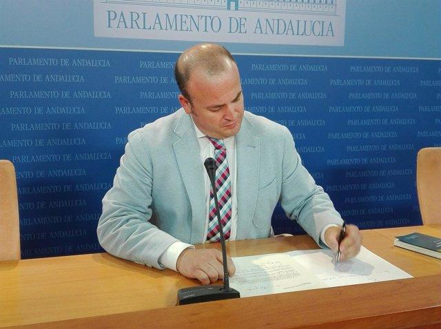 Julio Díaz, hoy ante los medios
