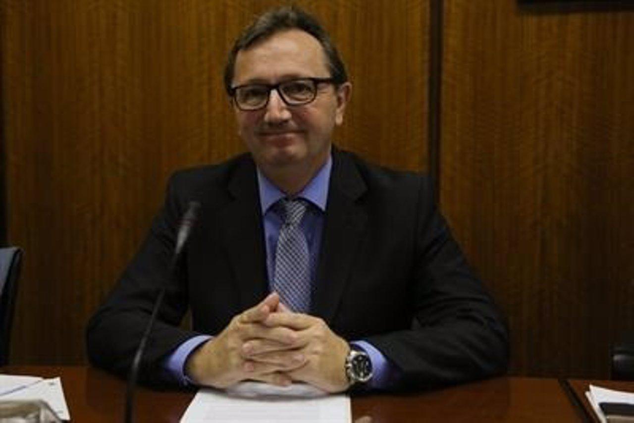 El exconsejero de Empleo Manuel Recio ante la comisión de investigación