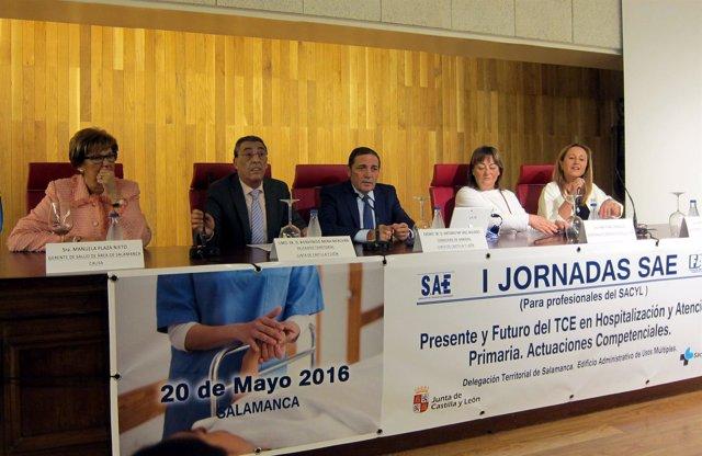 Mesa Inaugural De La Jornada Para Profesionales En Cuidados De Enfermería.