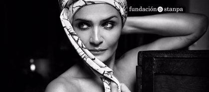 Sector cosmético se une a la campaña 'Cambiemos la cara al cáncer' para transmitir un mensaje positivo a los pacientes