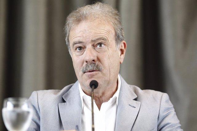 Manuel Campo Vidal en la presentación del Redes de indignación y esperanza