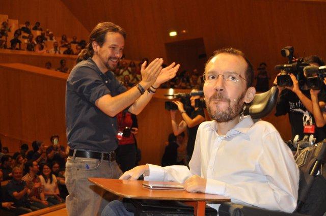 Pablo Iglesias y Pablo Echenique en un acto en Zaragoza
