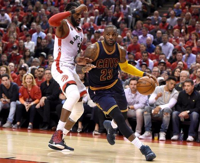 LeBron James Cleveland Cavaliers Toronto Raptors