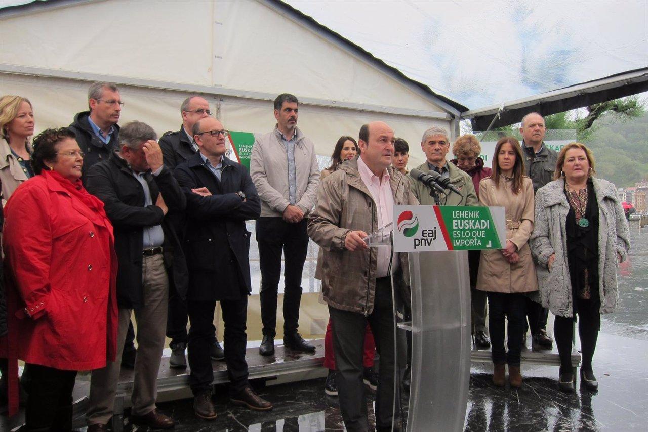 Ortuzar y dirigentes del PNV