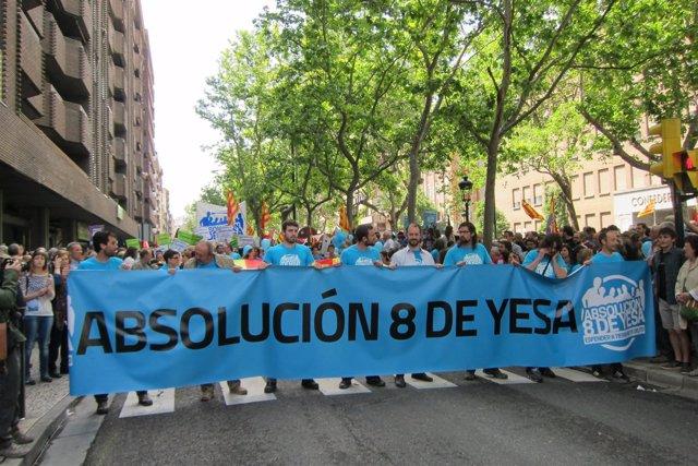 Manifestación absolución para 'los 8 de Yesa'.