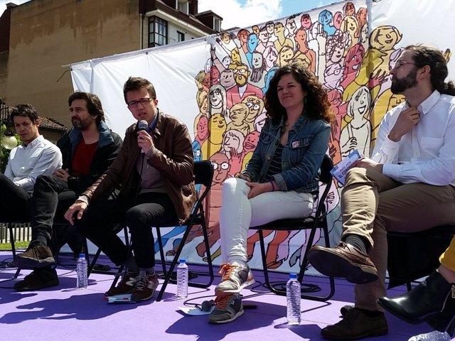 Íñigo Errejón En Asturias Junto A Diputados Regionales