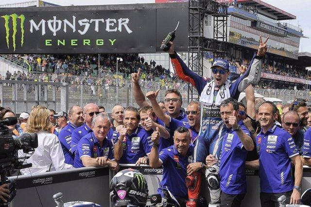 Jorge Lorenzo celebrando la victoria en el GP de Francia