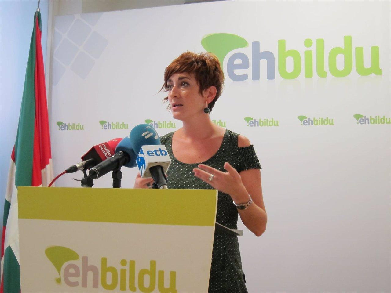La representante de EH Bildu, Bakartxo Ruiz.
