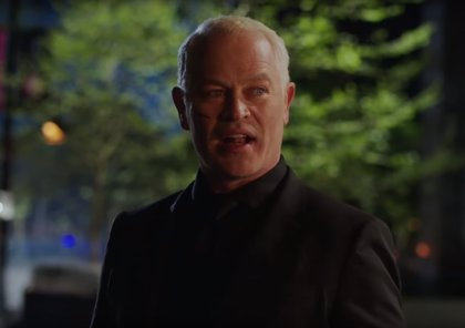 Arrow: Damien Darhk aterroriza Star City en el tráiler del final de la 4ª temporada