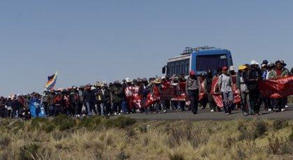 Bolivia se colapsa por manifestaciones y bloqueos