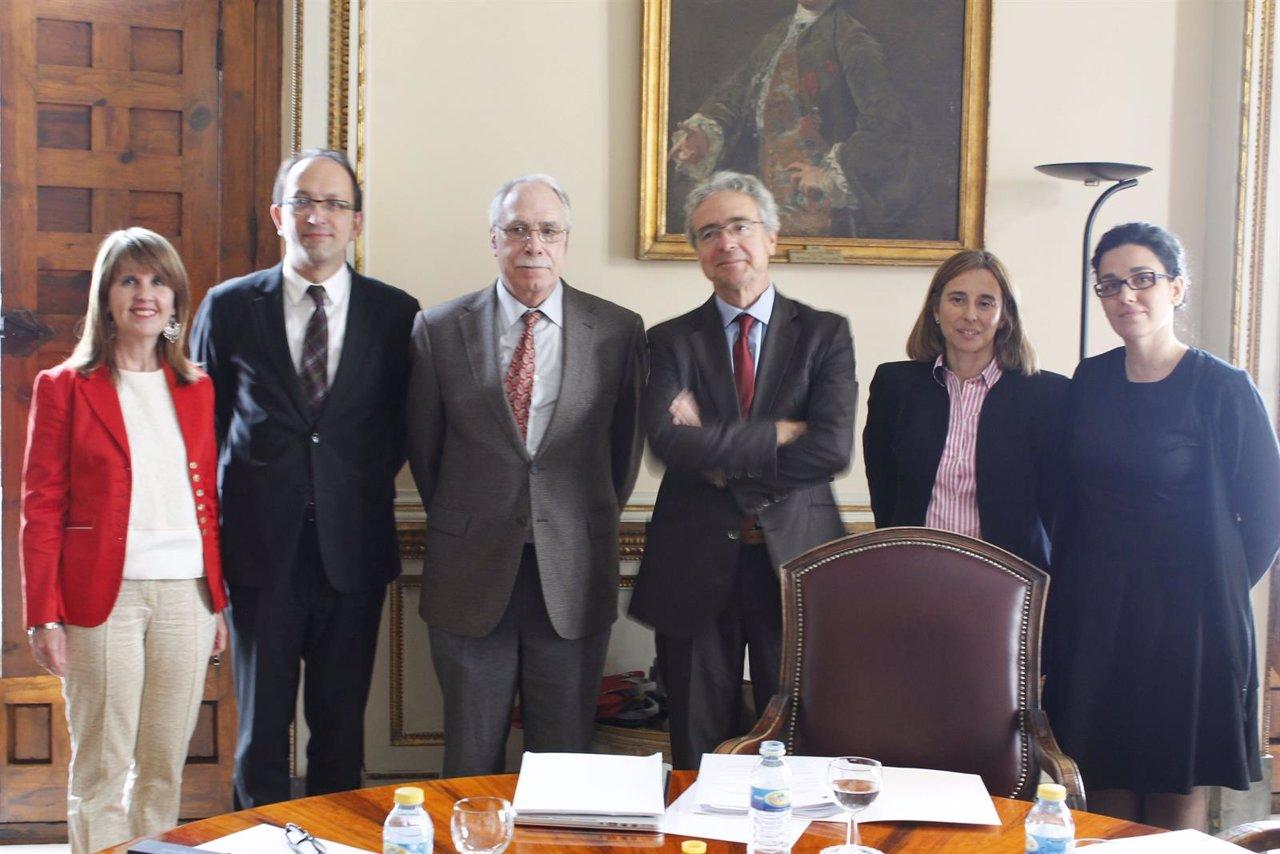NP Y Foto Constitución Comisión Centenario Cela
