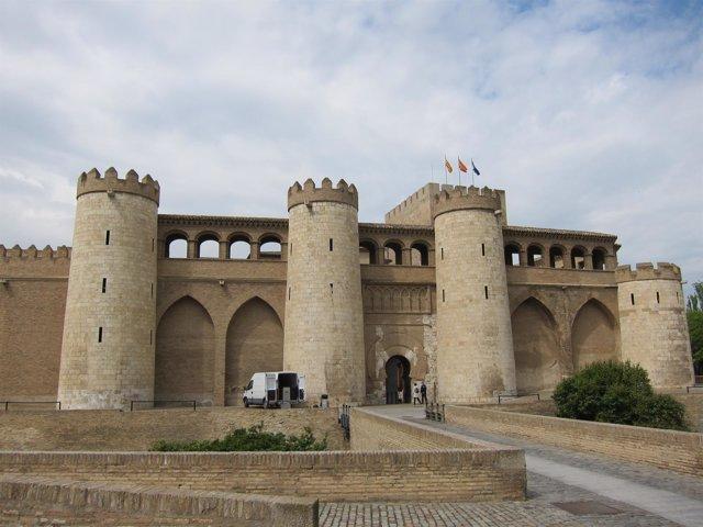 Palacio De La Aljafería, Sede De Las Cortes De Aragón