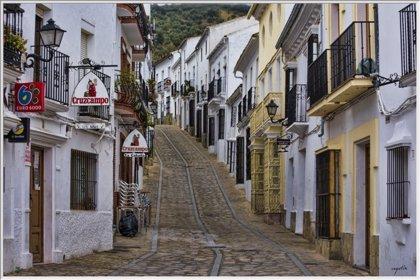 Los habitantes de municipios pequeños, más pesimistas con su situación económica