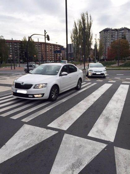 Las tarifas de taxi oscilan un 110% entre ciudades españolas, según la OCU