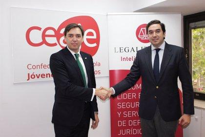 Ceaje firma un acuerdo con Legálitas para proteger la imagen de los jóvenes empresarios en Internet