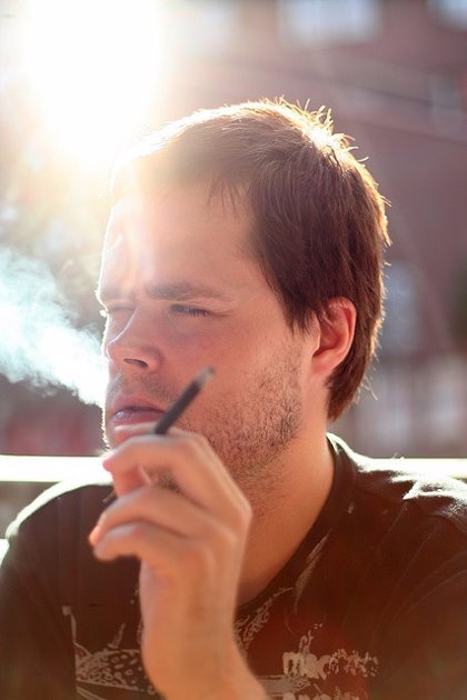 El tabaco también perjudica la salud ocular