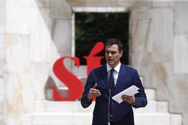 Sánchez presenta el documento Sí a seis principios para el Gobierno del Cambio