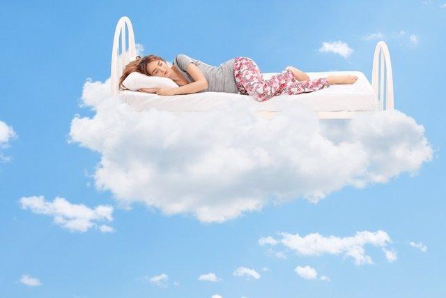Domir, soñar, mujer, cama, cielo