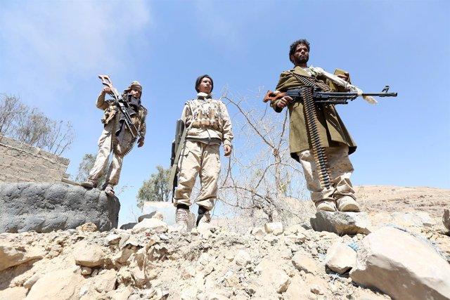 Soldados del Ejército de Yemen leales al presidente Hadi