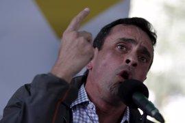 Capriles advierte de nuevas protestas si el CNE no se pronuncia sobre las firmas recogidas