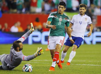 México.- El futbolista Alan Pulido escapó tras arrebatarle un móvil a uno de sus secuestradores