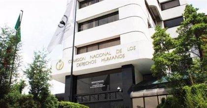 La CNDH condena una serie de vejaciones a maestros que no se unieron a la huelga