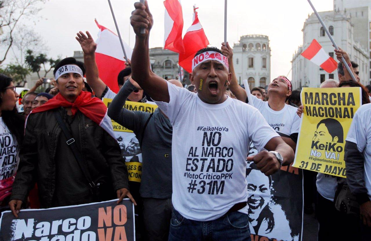 Manifestación contra Keiko Fujimori antes de las Presidenciales de Perú