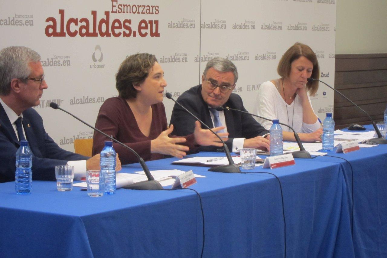 J.F.Ballesteros, A.Colau, A.Ros y A.Madrenas