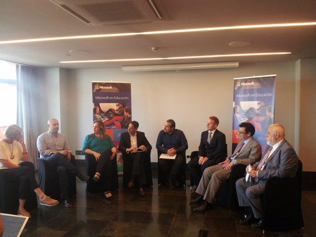 Mesa redonda de Microsoft 'Innovación educativa en las TIC'