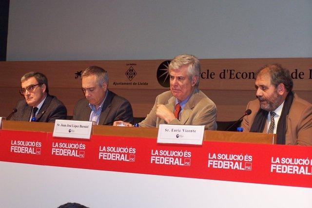 A.Ros, P.Navarro, el notario J.J. López-Burniol y E.Vicente (C.Economia).