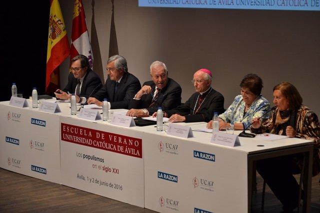 Margallo en la UCAV