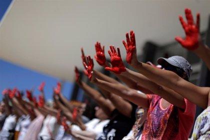 Uno de los sospechosos de violar a una adolescente en Río se entrega a la Policía