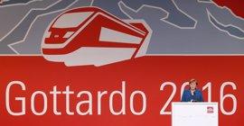 Merkel, Hollande y Renzi inauguran en Suiza el túnel más largo y profundo del mundo