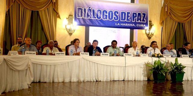 Delegaciones de paz de Gobierno y FARC