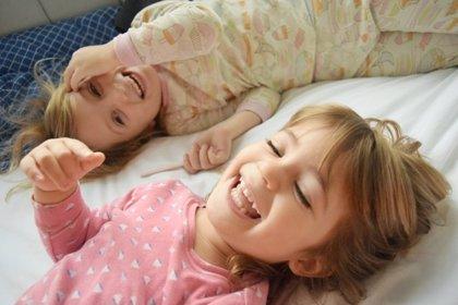 Cómo meter a los niños en la cama y conseguir que se duerman