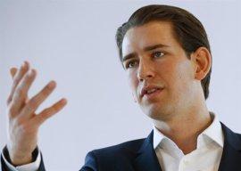 El ministro de Exteriores austriaco propone negar el derecho al asilo de los inmigrantes ilegales