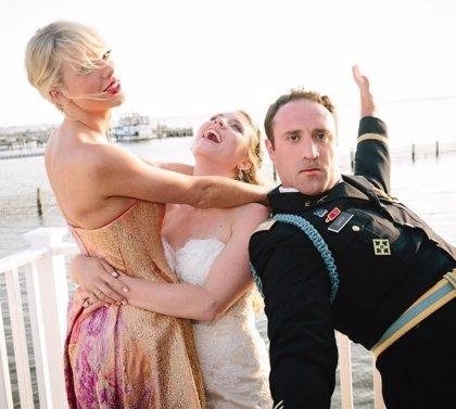 Taylor Swift aparece por sorpresa en la boda de una pareja de fans