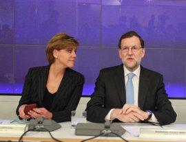 Cospedal cree que los nuevos partidos quedan mejor en las encuestas que en las urnas