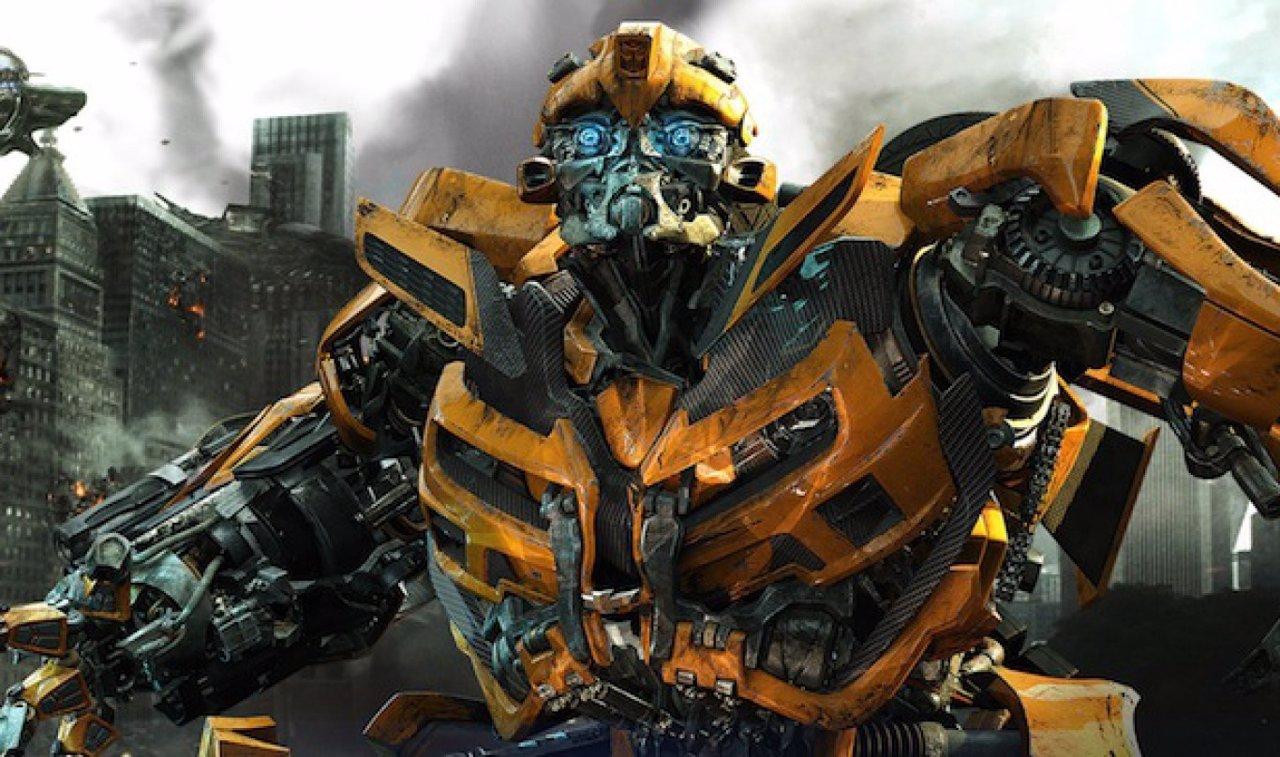 michael bay revela el nuevo bumblebee en transformers 5 the last knight. Black Bedroom Furniture Sets. Home Design Ideas