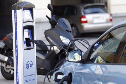 Los empleados de Unesa se desplazarán en taxis eléctricos