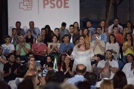 Susana Díaz critica a 'Kichi' por comparar el SAS y la sanidad venezolana