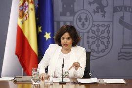 """Santamaría culpa a Sánchez de poner """"en riesgo"""" al PSOE para """"al final"""" tener que elegir entre el PP o Podemos"""