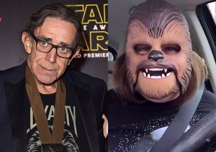 Conmoción en la Fuerza: La madre de la máscara de Chewbacca conoce a Peter Mayhew