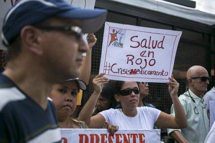 Los farmacéuticos venezolanos denuncian la escasez de medicamentos