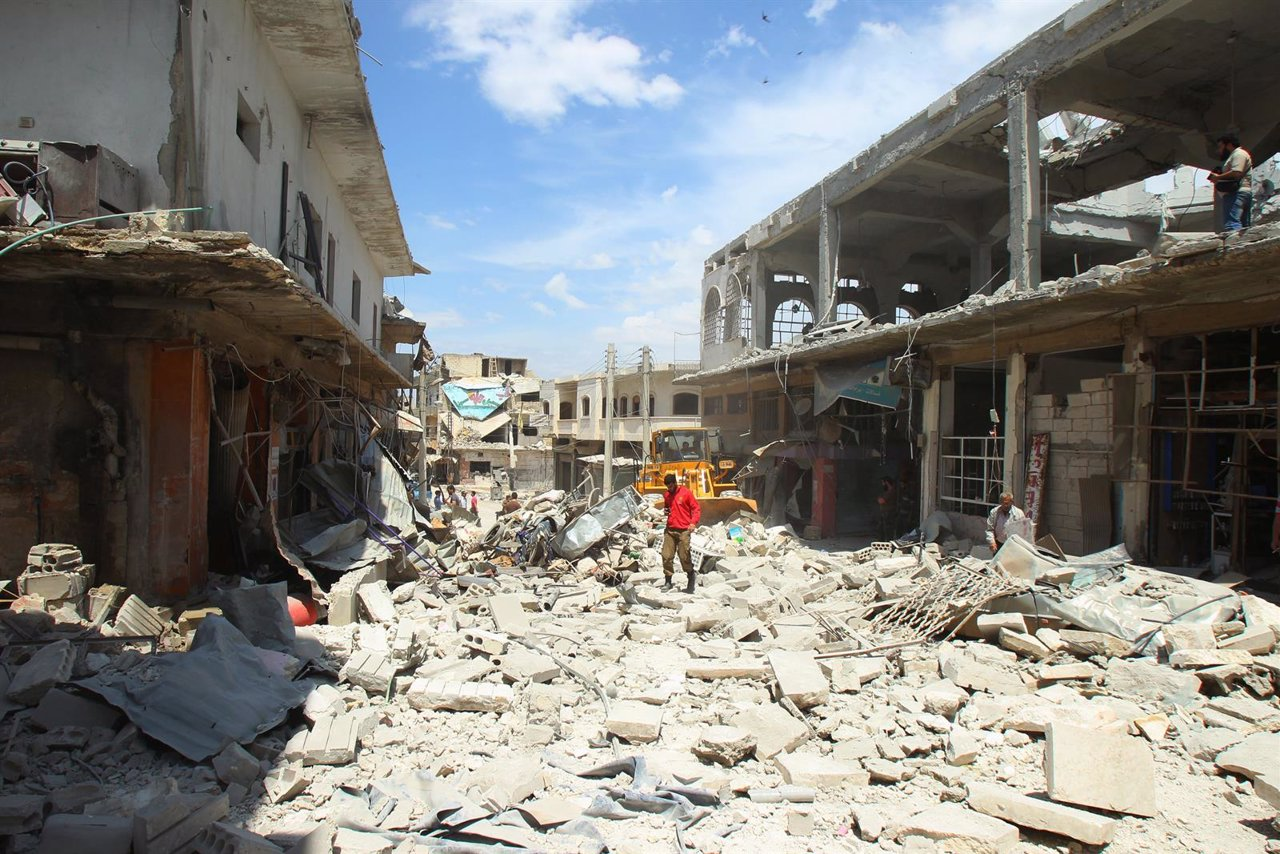 Ruinas en la ciudad de Binnish en Siria