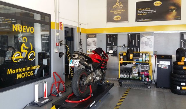 Centro de mantenimiento de motos de Midas