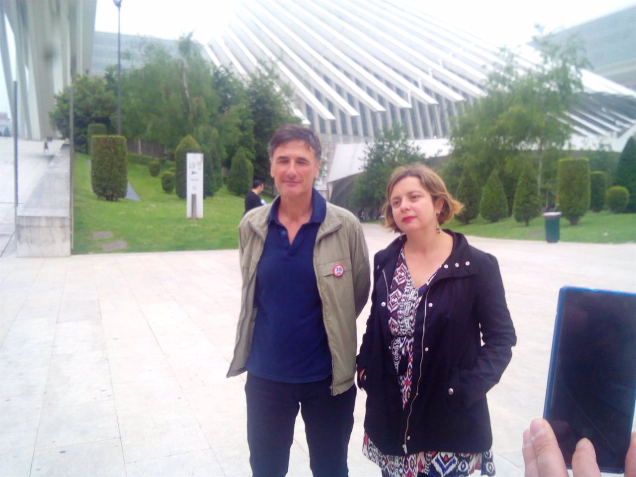 Enrique López y Ana Taboada, frente al Calatrava