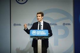 Casado defiende una coalición entre PP y PSOE y dice que la encuesta confirma que hay dos bloques