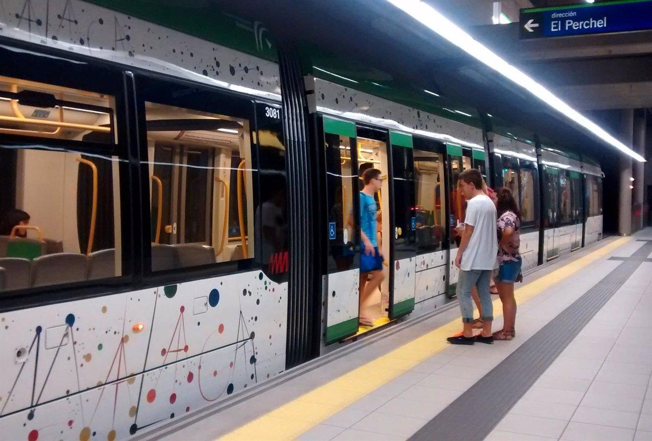 Interior de estación de metro de Málaga Vialia