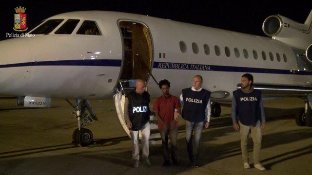 Supuesto traficantes de personas extraditado desde Sudán a Italia